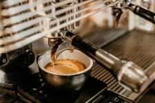 Какую воду лучше использовать для кофемашины?