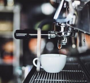 Как выбрать хорошую кофемашину для кофейни?