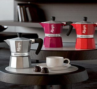 Выбираем гейзерную кофеварку для домашнего пользования