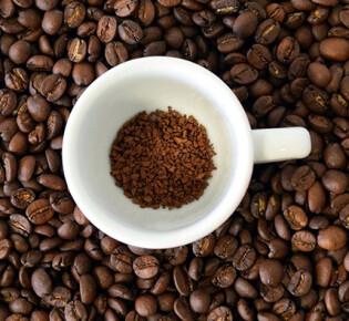 Как долго действует кофе после его употребления?