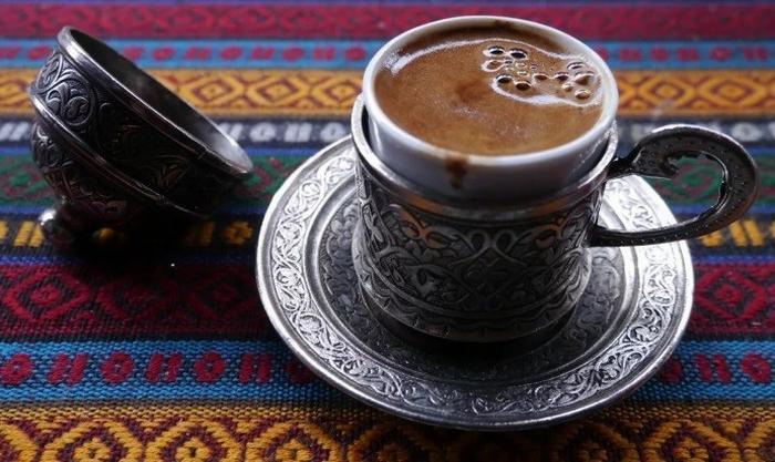 Кофе с куркумой и черным перцем