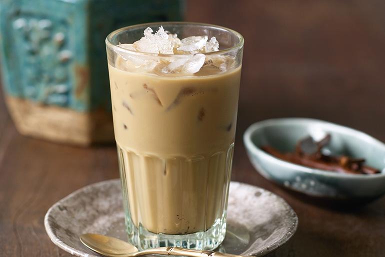 Тайский кокосовый кофе со льдом